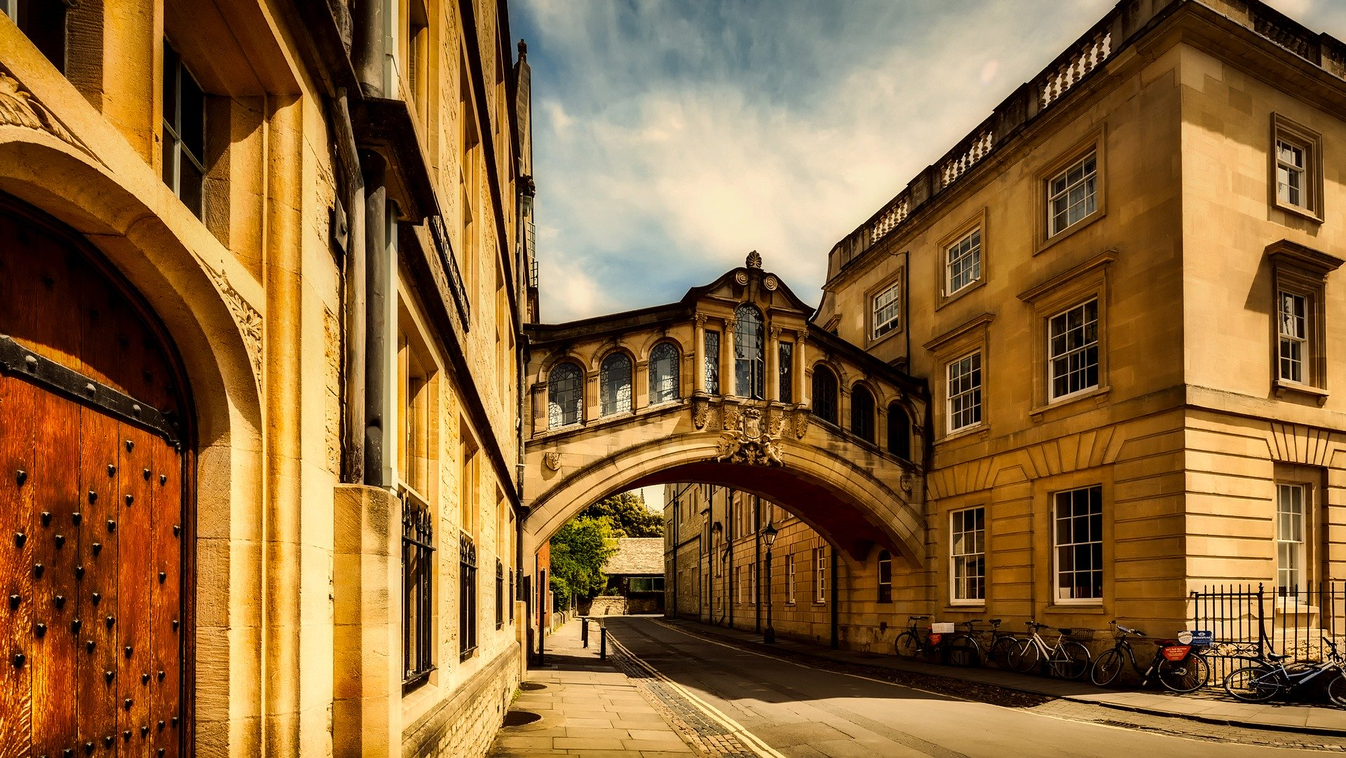 Golden image famous Oxford Sighs bridge